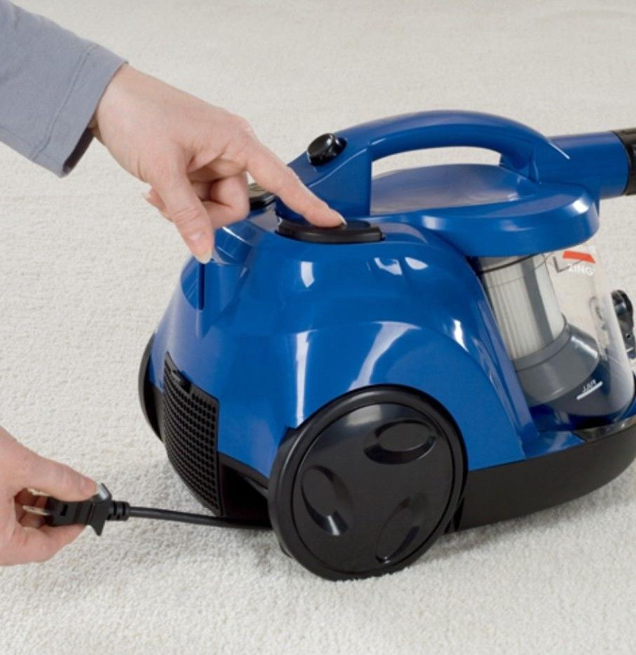 Bissell Bagless Vacuum Cleaner Blue
